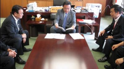 2018-05-14 行田市にて「サムライ足袋」の取組の関係者と意見交換 2