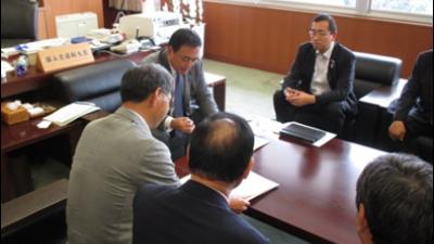 2018-05-14 行田市にて「サムライ足袋」の取組の関係者と意見交換 3