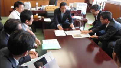 2017-10-23 10月22日(日)投・開票日 梶山ひろし選挙事務所様子 1